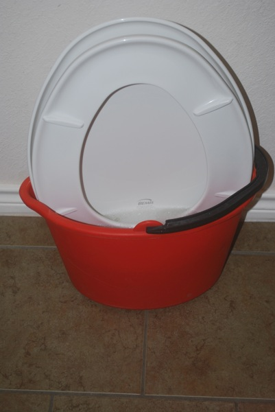 clean bemis toilet seat