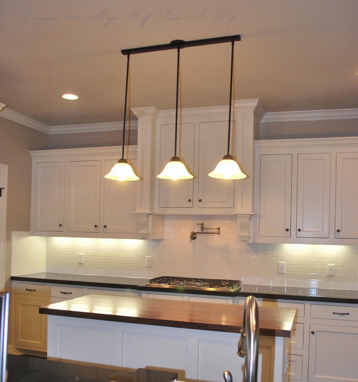 The Block Kitchen Pendant Lights: Tour It Thursday: Modern Twist On Traditional Designs