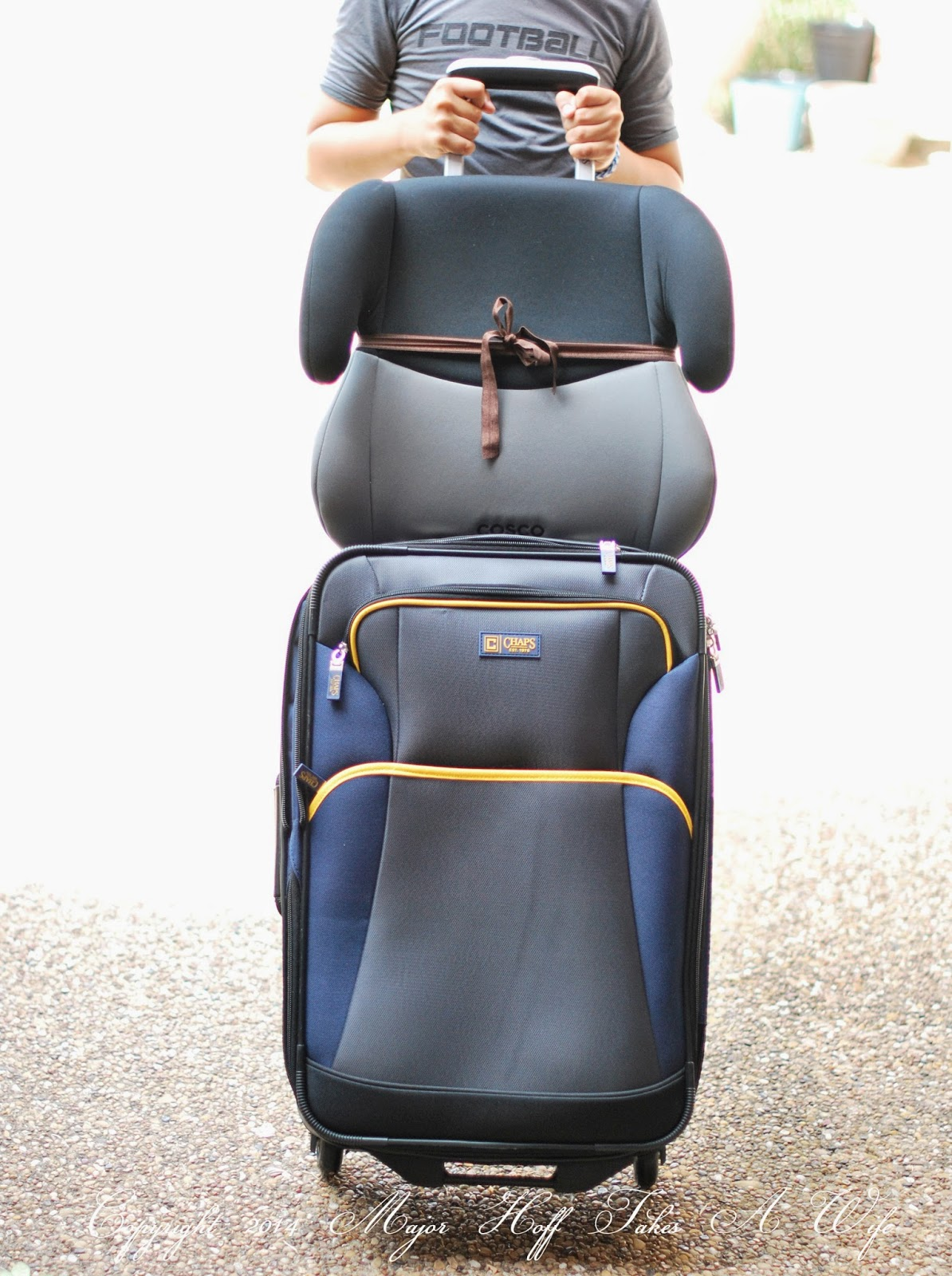 easy way to carry a car seat
