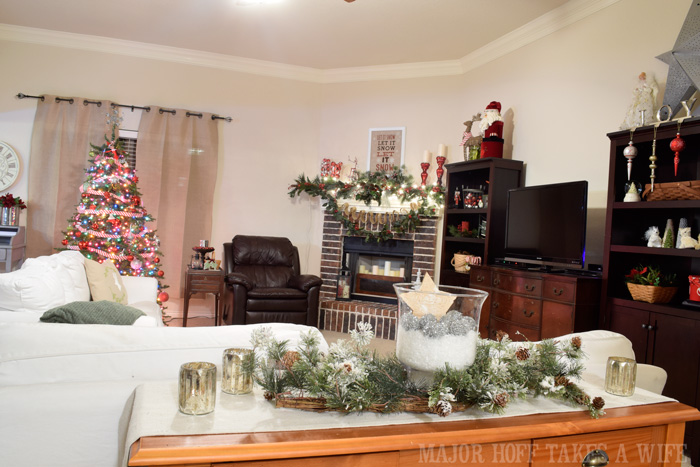Major Hoff Takes A Wife Living Room Christmas 2014 Part 73