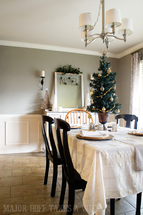 Silver And Gold Tablescape For Christmas. A Delightful Dining Room Holiday  Tour. See How Part 40