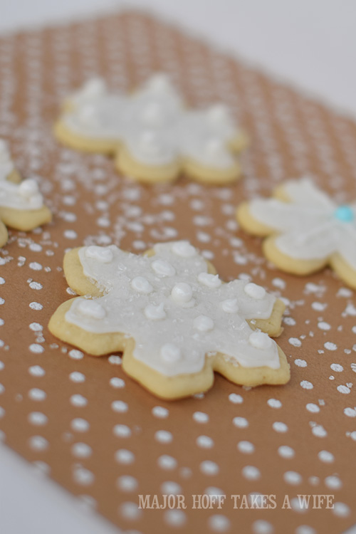 Snowflake sugar cookies for a Frozen themed party