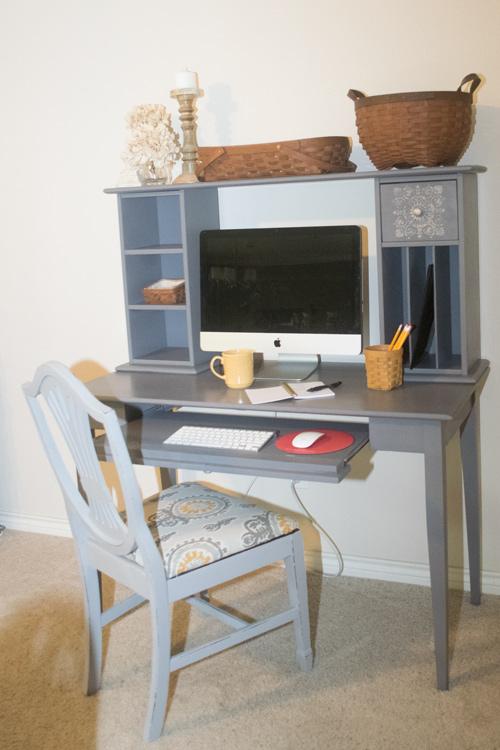 Keyboard desk