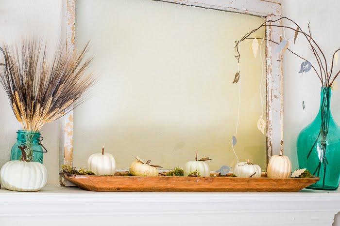 Decorating A Mantel With Fall Craft Ideas