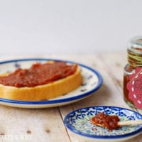 Easy Crockpot Apple Butter Perfect for fall gift giving 4