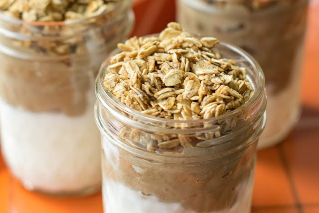 Pumpkin Pie Spice Yogurt and Granola Parfaits