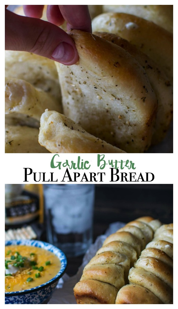 Garlic Pull Apart Bread! Simple to prepare, this garlic pull apart bread is the perfect companion to a warm bowl of soup! #ad #IdahoanSteakhouseSoups
