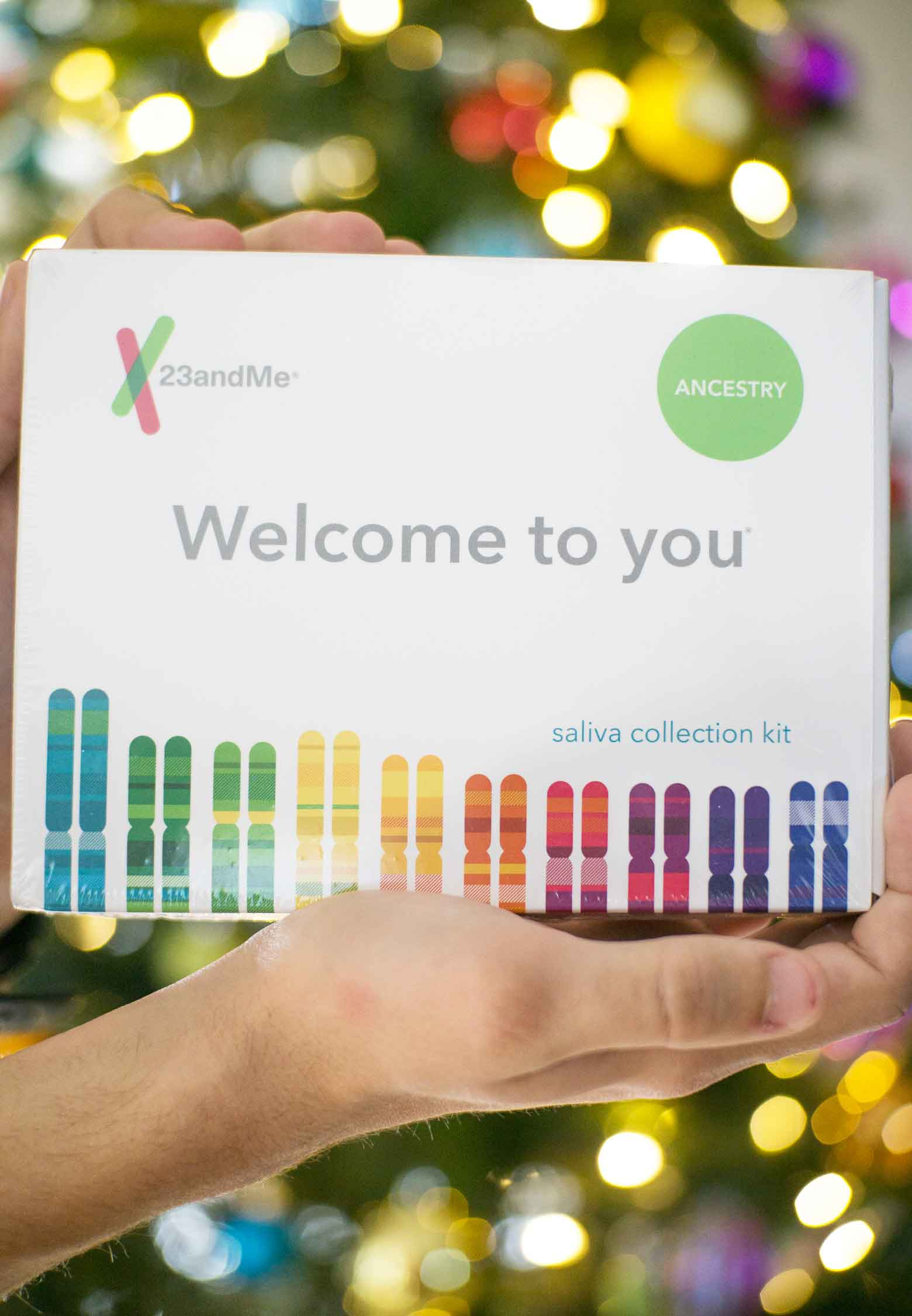 23&me saliva dna test kits are the gift to give this year!