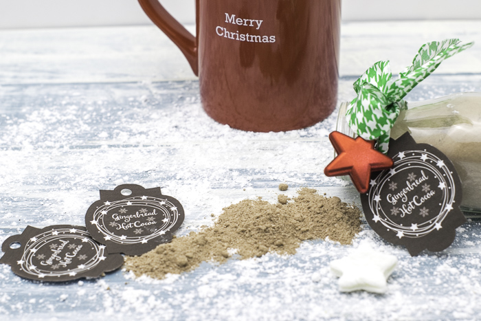Easy to make holiday gift giving jars of gingerbread hot cocoa with free printable tags
